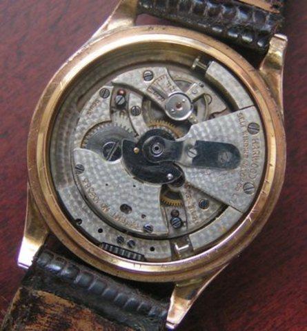 Self winding watch