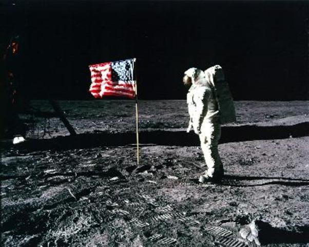 Primer home en arribar a la Lluna