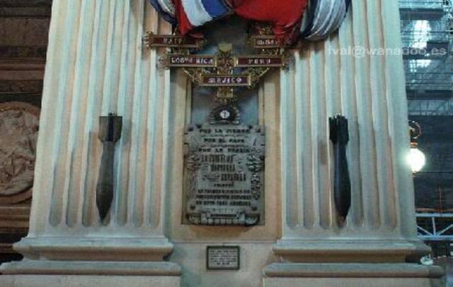 Bombardeig a la Basilica del Pilar
