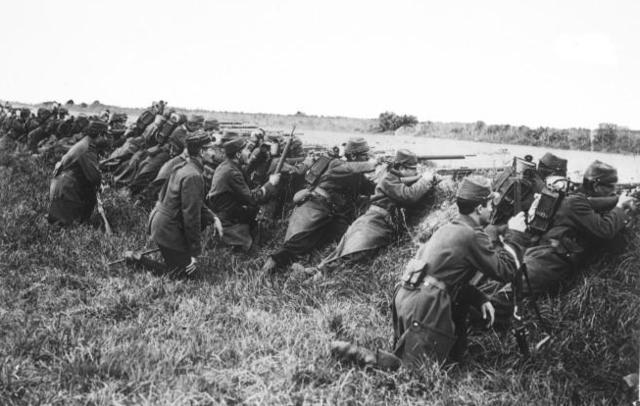 1st Battle of Marne begins