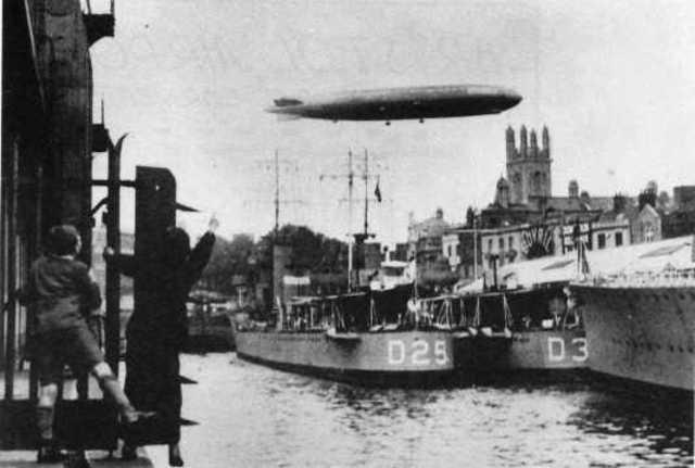 London's first Zepplin raid.