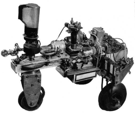 El primer robot comercial por Planet Corporation