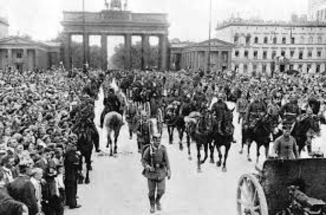 Germany invaded Belgium and started the fighting.