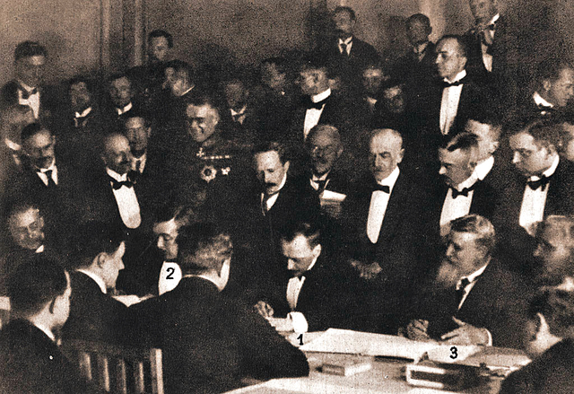 Russia signs the Treaty of Brest Litovsk