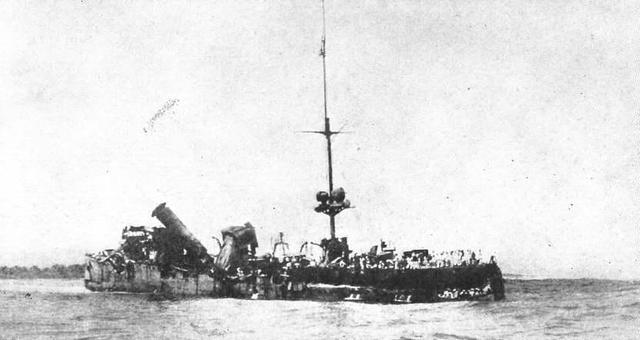 Royal Australian Navy destroys the German raider SMS Emden.