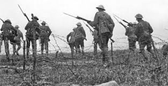 Battle of Somme ends.
