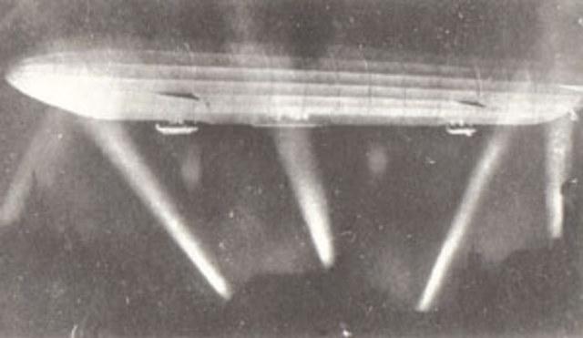 German Zeppelin raid on London