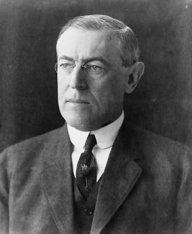 US President Woodrow Wilson demands a ceasefire