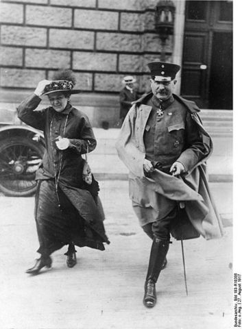 Kaiser Wilhelm II forced to abdicate.