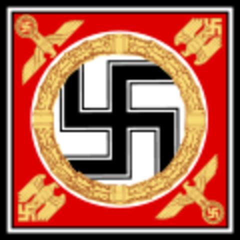 Hitler finally becomes a German citizen.