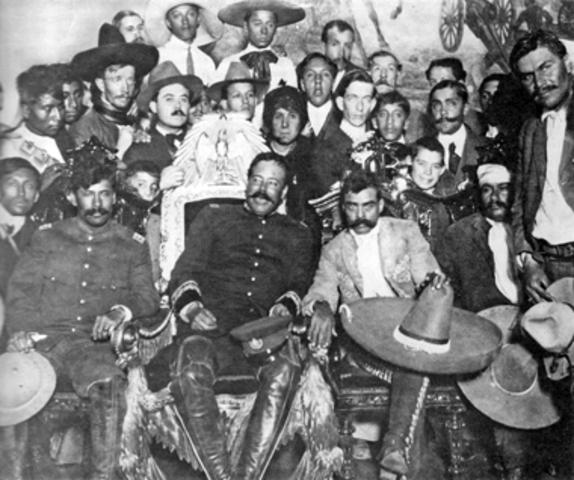 Junto a Pancho Villa