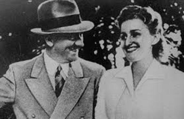 Hitler Marries his Love Eva Braun