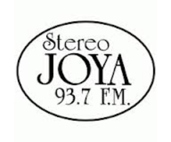 Primer estación FM
