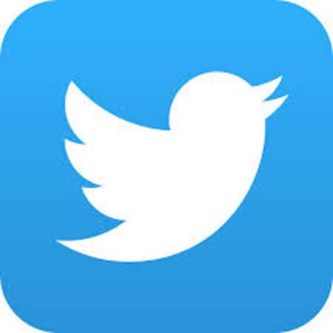 Nace Twitter