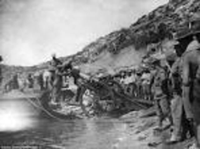 Allies land in Gallipoli
