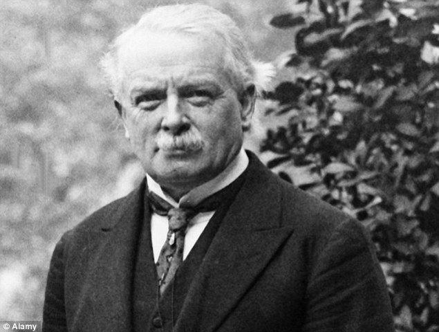 Lloyd George becomes PM of England