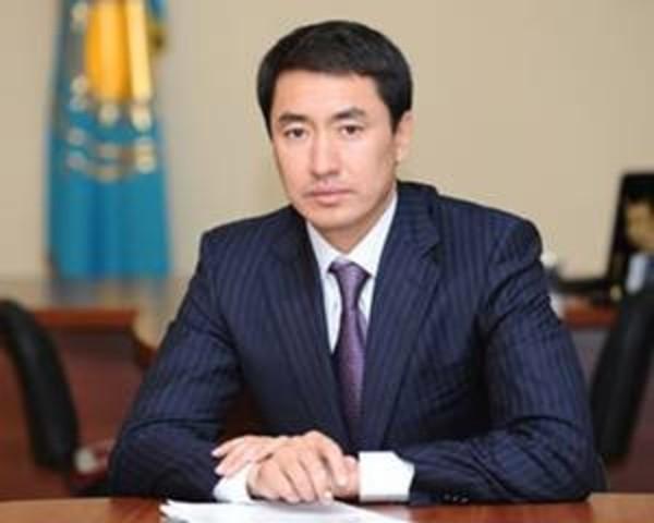 С 19 февраля 2008 г пост акима принял Арман Шарипбаевич Жетписбаев
