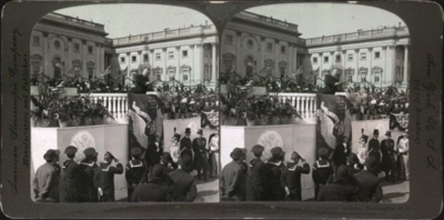 Stereocard depicting President Theodore Roosevelt delivering his inaugural address,