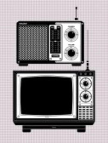 Se crea el centro Nacional de Enseñanza Media por Radio y Televisión