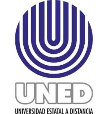 Creacion de la Universidad Nacional de Educación a Distancia (UNED) deEspaña