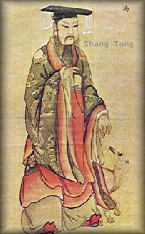 1570 DC : Start of Shang dynasty