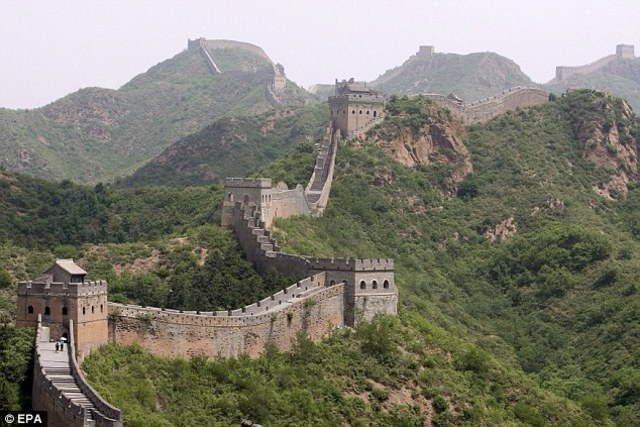 214 BC : Completion of Great wall of China