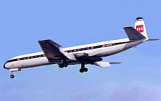Hawker Siddeley de Havilland Comet 4