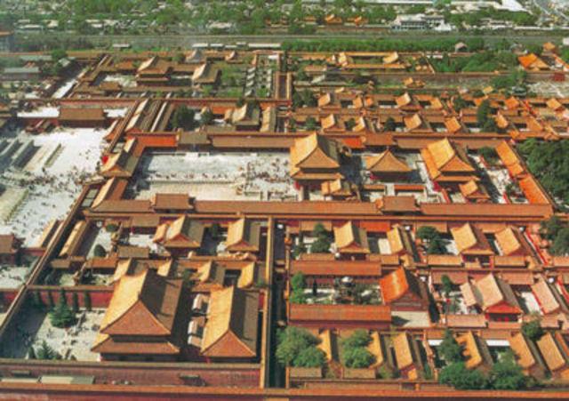 1421 AD : Construction of Forbidden City