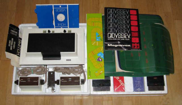 Mangnavox Odyssey, first comercial Video game consle