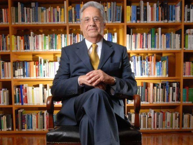 Fernando Henrique é reeleito presidente da República