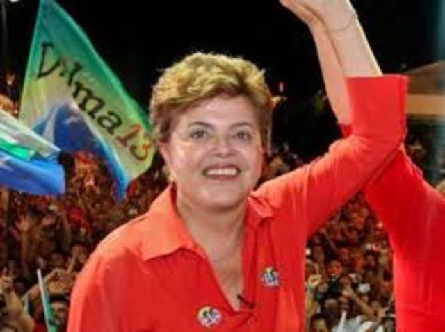 Dilma Roussef é eleita presidenta da República