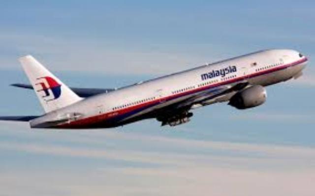 Avião 'civil' abatido na fronteira Rússia - Ucrânia