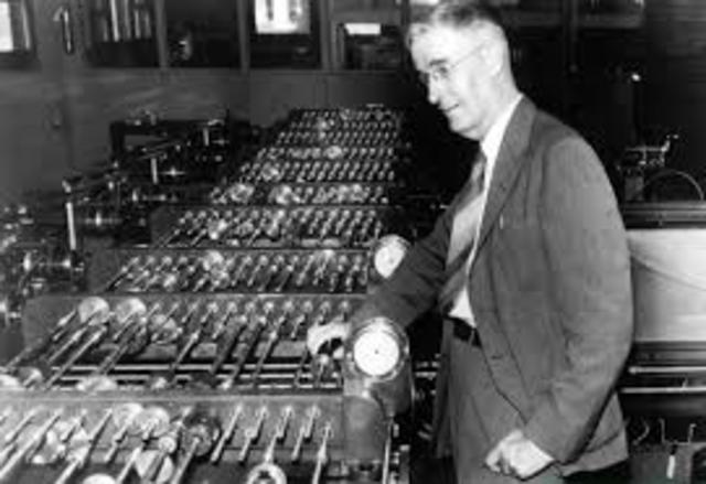 Vannevar Bush invented the Differential Analyzer