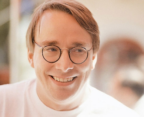 Torvals Publica la primera versiond de Linux