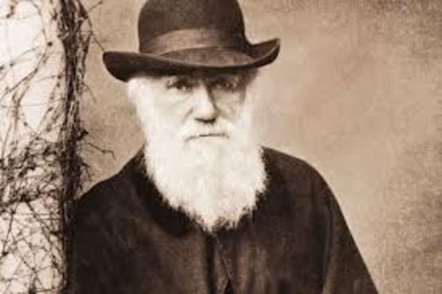 Charles Darwin propuso el proceso de la selección natural.