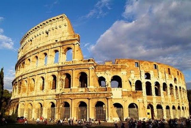 Contruccion del coliseo romano