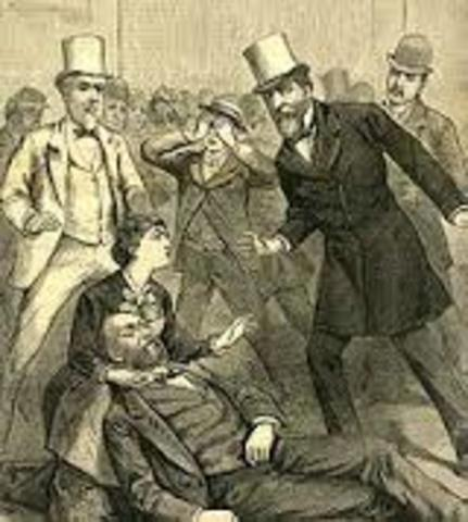 Garfield is assassinated; Arthur assumes presidency