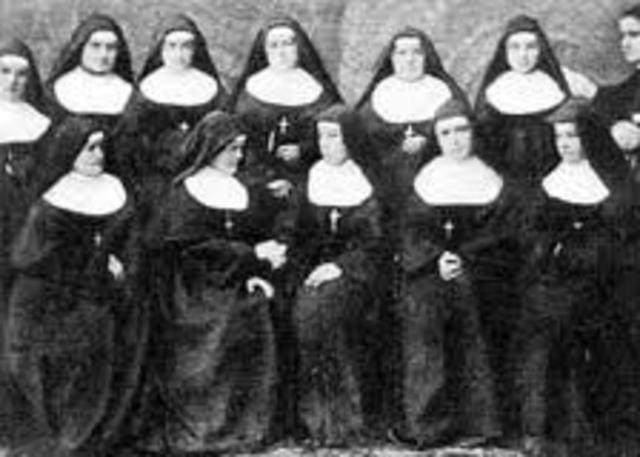 Parte como responsable del primer grupo de misioneras a America