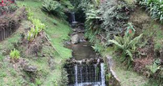 estraer agua de la quebrada de chiguaza
