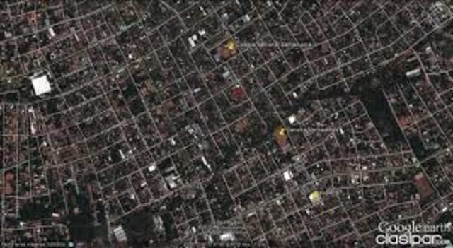 La ciudad contaba con 30.914 instalaciones de servicio domiciliario  con 336,112 habitantes