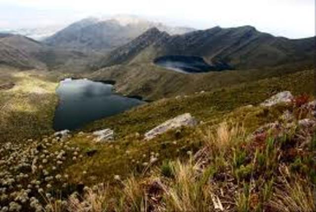 Se inicio la construccion del embalse la Regadera, en confluencia de los rios Curubital y Chizaca.