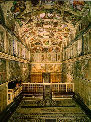Michelangelo starts painting the sistine Chapel