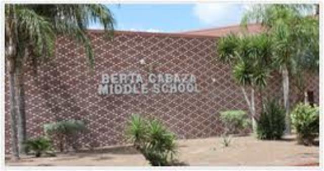 culmino el 2do año de secundaria y me traslado a san benito texas ingreso al 8vo grado en middle school berta cabaza