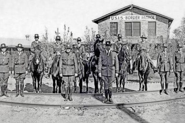Arizona Border Patrol Established