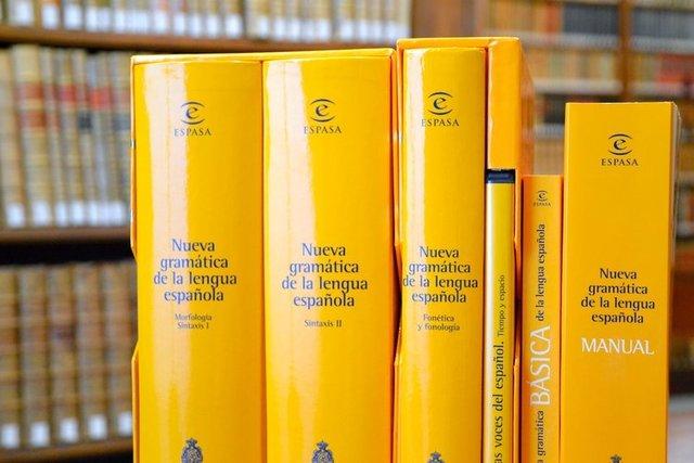 RAE presenta Nueva gramática de la lengua española