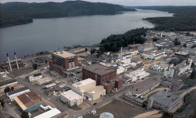 Chalk River nuclear test reactor explodes