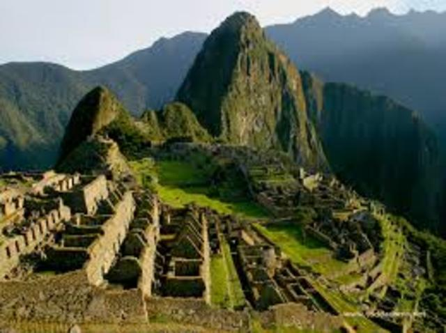 Pizarro invades the Inca Empire