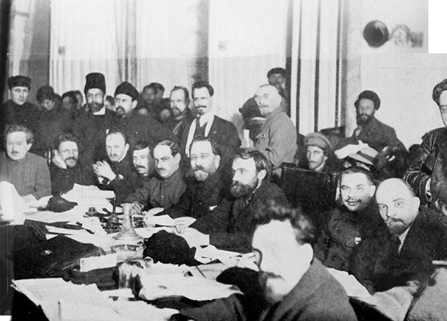 The Social-Democratic Labor Party splits into two groups, Mensheviks and Bolshevik