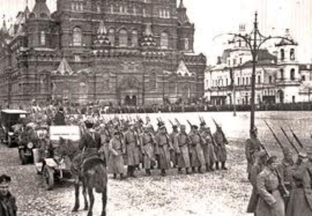 The Russian Civil War Begins