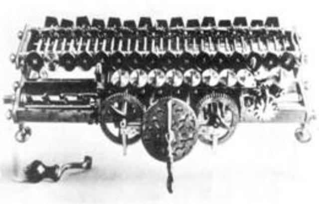 Era mecánica(la Máquina de Leibniz)